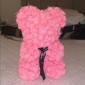 The cutest rose bear ever. BRAND NEW